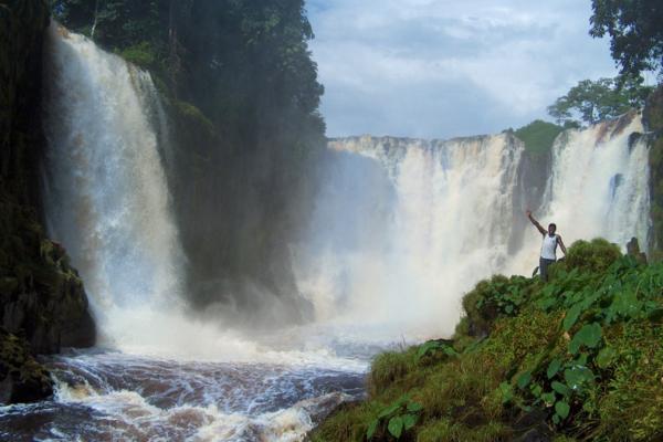 Le tre cascate principali del parco, Cascate Kongou, Bouilla, N'a Ngondé